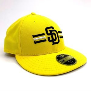 New Era Accessories - San Diego Padres Hat 🧢 Yellow Fitted 7 3/4